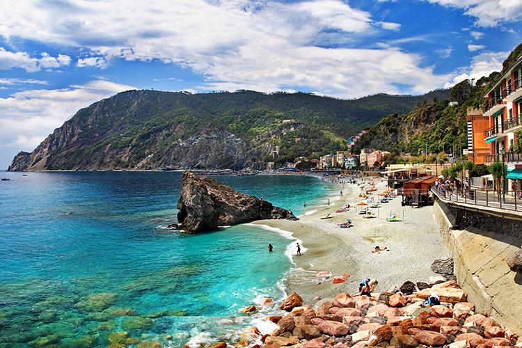 Monterosso - Italian Traditions
