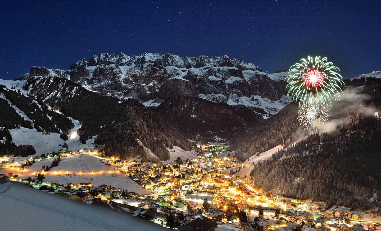 Fiaccolata di Capodanno, New Years Eve Torchlight ski, Antorchas de Fin de Año, Fackelzug von Silvester