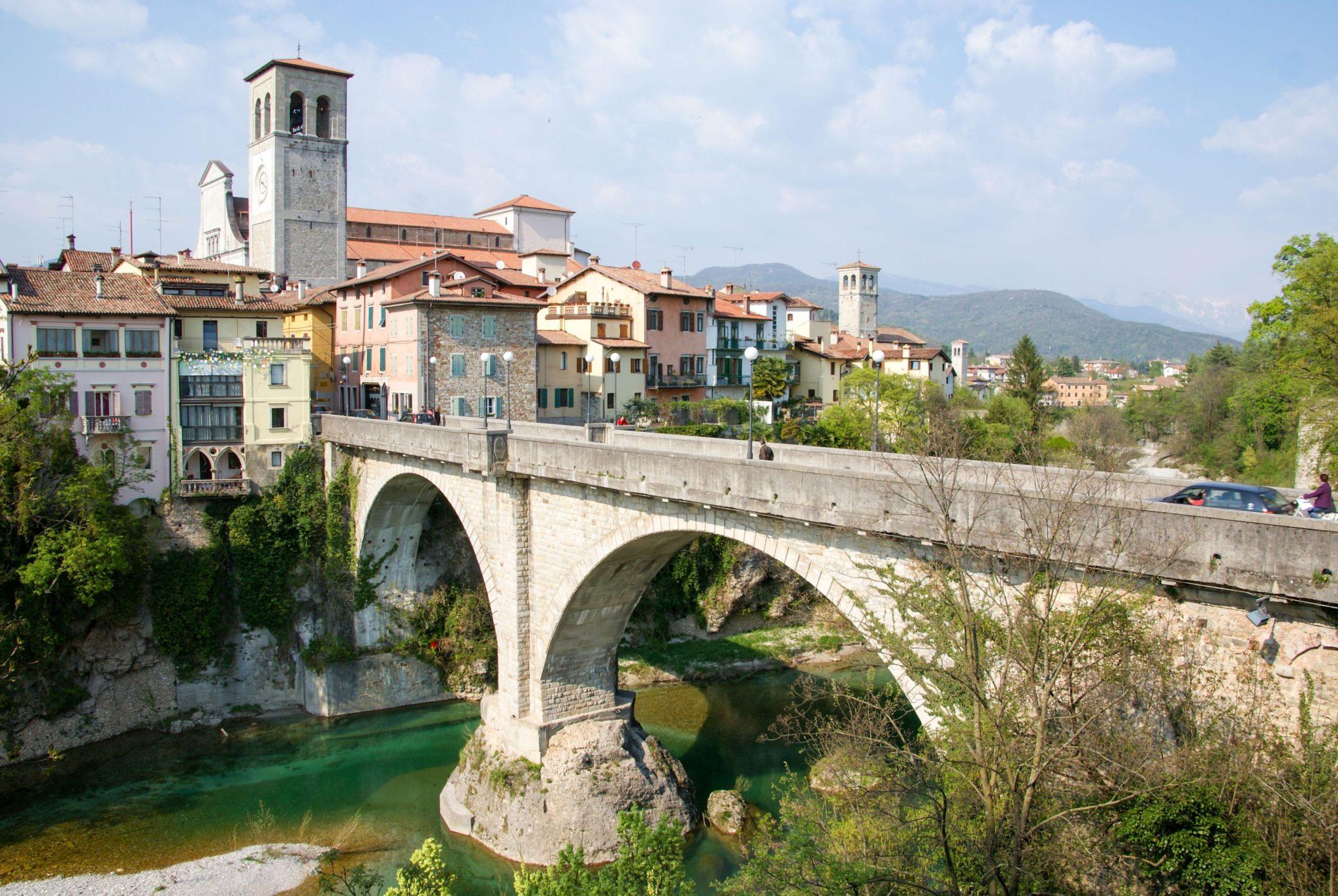 Cividale del Friuli , Selva di Tarnova, on the road,