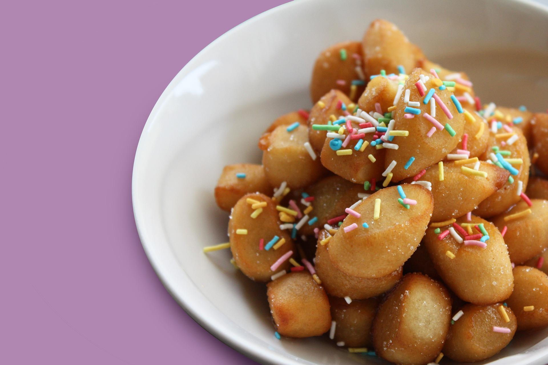 dolci tipici della Befana, Typische Suessspeisen der Befana, typical Epiphany cakes, friandises typiques de epiphanie, dulces típicos