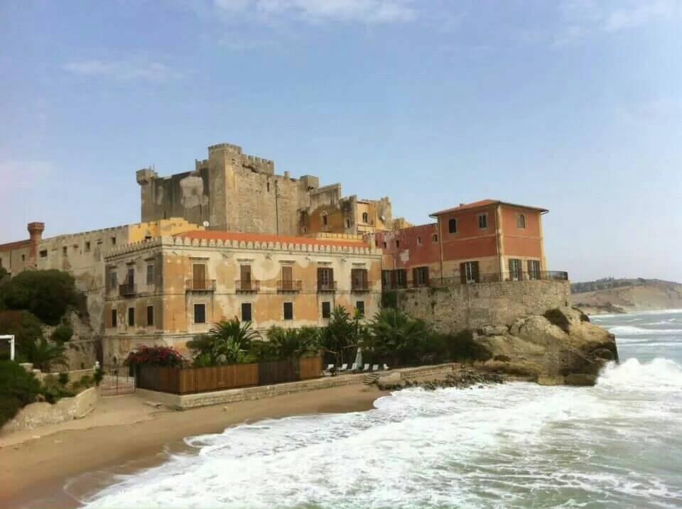 Castello di Falconara