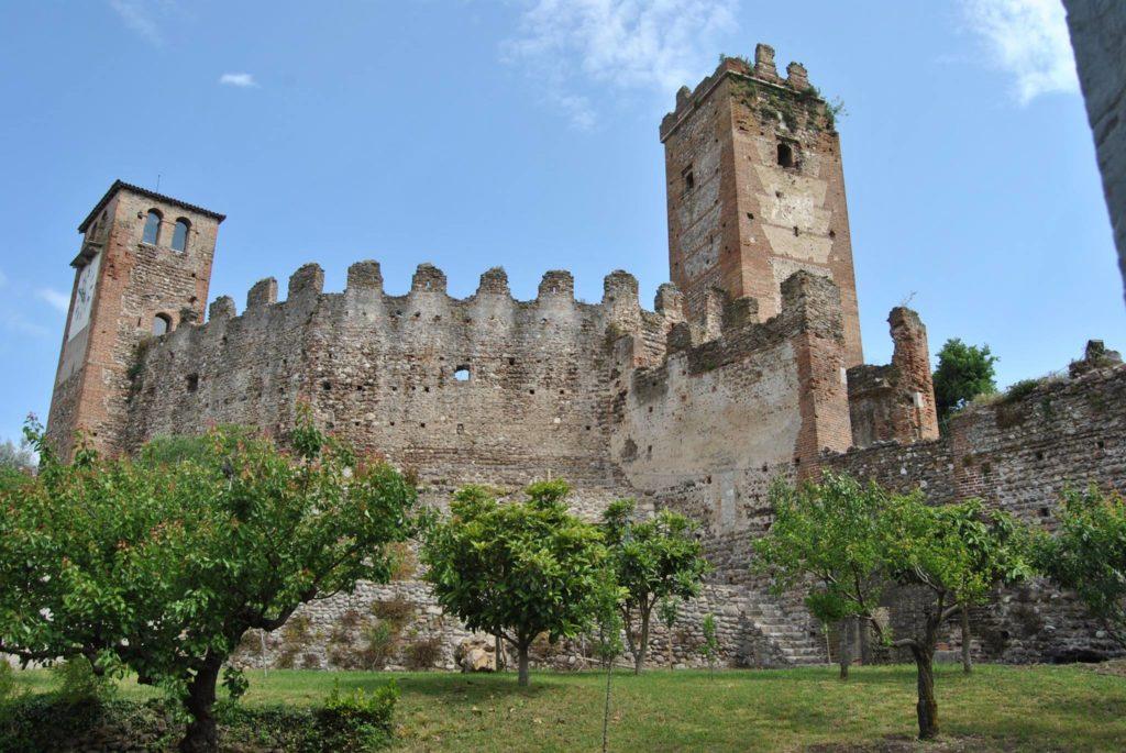 castelli-mantova-italiantraditions