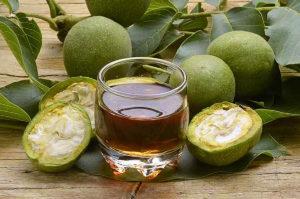 nocino-liquori-italiani