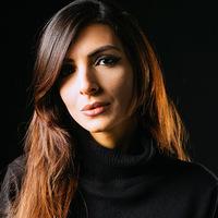 Silvia-Tramatzu-Italian-Traditions