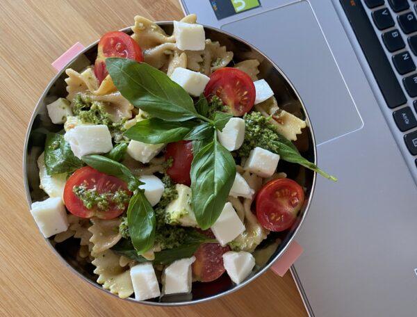 Pasta tricolore per l'ufficio - italian traditions