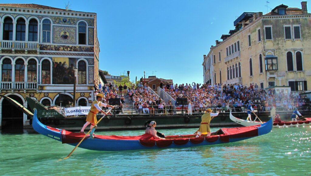 Венецианская Историческая Регата-italiantraditions