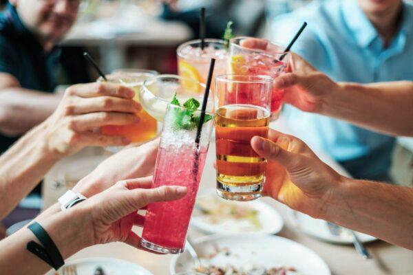 aperitivo - italian traditions (1)