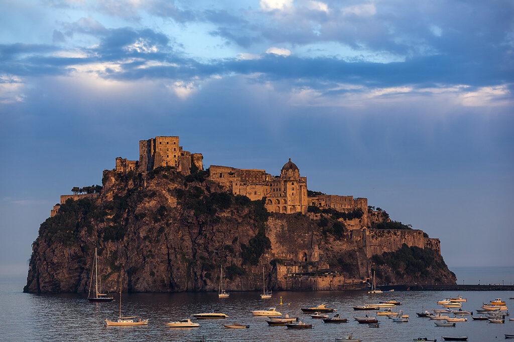 castello aragonese di ischia-italiantraditions